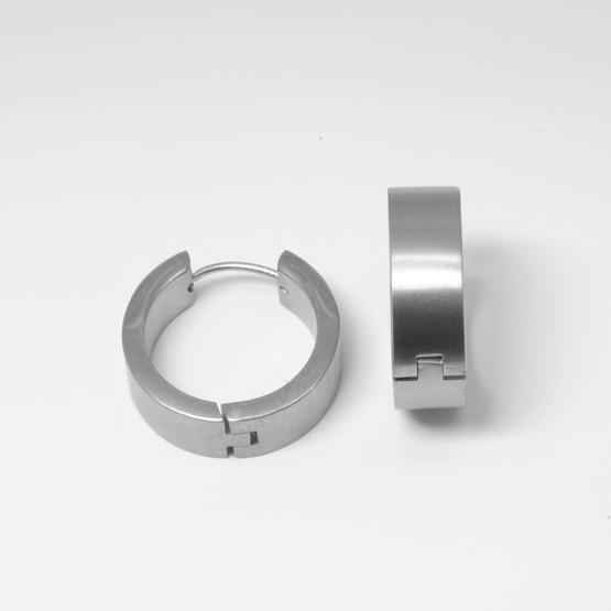 Breda allergivänliga creolörhängen i titan 16mm